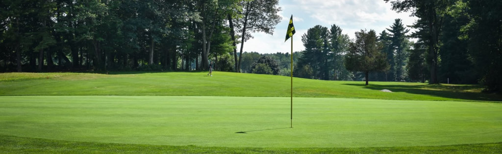 A putting green at the Sagamore-Hampton Golf Club